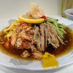 ラッキー飯店 - 五目冷し中華