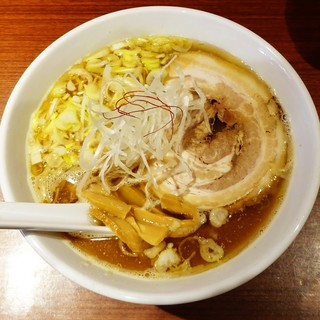 ラーメン由 - 料理写真:醤油ラーメン