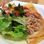 ガレット・カフェフェアリーハウス - たっぷりのサラダ