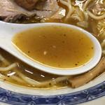 中華そば べんてん - 厚みを増したスープ
