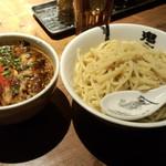 カラシビつけ麺 鬼金棒 - カラシビつけ麺(830円)
