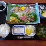 笑ぎょ - 地魚5点盛り定食