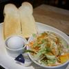 プロント - 料理写真:トーストセット・ゆで玉子で(390円)(ゆで玉子orヨーグルトでチョイスです)