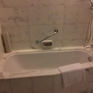 KOWLOON SHANGRI-LA HOTEL -