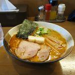 煮干しらぁめん なかじま - 辛い味噌(小辛、750円)