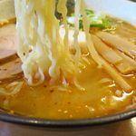 煮干しらぁめん なかじま - 辛い味噌の麺