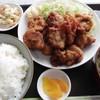 あいのさとやすらぎレストラン - 料理写真:鶏からあげ定食(普通盛り)