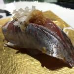 第三春美鮨 - 真鰺 88g 瀬付き 定置網漁 兵庫県沼島