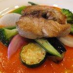 ブラッスリー イール - 本日のランチの魚 魚も美味しかったけどトマトソースの味が際立ってた。