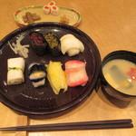 京漬物味わい処 西利 - 【京漬物寿司点心 1296円】(京漬物握り7貫・味噌汁・漬物)