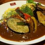 ビビッドライフ - 彩り野菜とチーズエッグのトマトビーフハヤシ