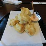 田中屋 - 湯葉の天ぷら。コロコロしていてかわいいです。