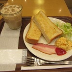 アップカフェ - スクランブルエッグ&厚切りトーストセット 440+40円