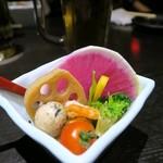62022679 - 色トリンドルな野菜