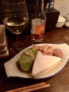 サムライキッチン - 【おでん】(500円税込)食べ放題で有難い♪ロールキャベツ、ばくだんきんちゃく、肉団子、はんぺん。
