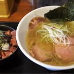 らーめんstyle JUNK STORY - 塩ラーメンとレアチャーシュー丼ミニ