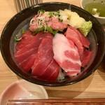 板前寿司 江戸 - まぐろ丼 まぐろがたっぷり!