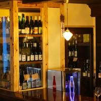 自然派ワインを400種常備した大型ワインセラー