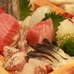 相仙 - 料理写真:相模湾の新鮮な海の幸、お刺身をどうぞ。