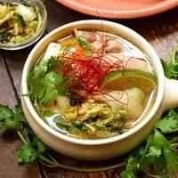 【冬季限定】こだわり桑茶鶏の青キムチ鍋
