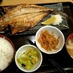 62116531 - 本日の焼き魚御膳(とろあじの開き)