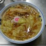 中華そば みたか - 料理写真:ワンタンメン 600円