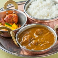 ネパール料理を心ゆくまで堪能できるコース♪