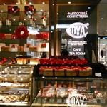 COVA - [メニュー] 玄関横 ケーキ専用 ショーケース ③