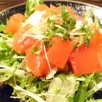 【関内】 炭火焼き鳥 はま虎 - 赤星サラダ
