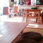 カフェ トピナンブール - 客席は和室と洋室