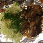 62151539 - 牡蠣焼たまりません。広島の名産!