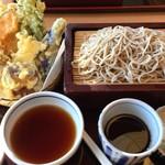 そば処さと - 料理写真:野菜天せいろ(通常1300円)
