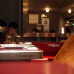 ミシマ - 店内は落ち着いた雰囲気