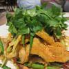 凛丹 一碗居 - 料理写真:鶏皮のパリパリ揚げ 山椒唐辛子風味。