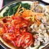 たっちゃんうどん - 料理写真:肉うどん1.5倍 600円+キムチ 100円