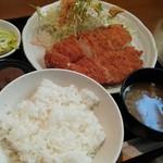 ふるーる - チキンカツ定食