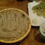 ぼっち - 天ぷらと一緒に「パシャッ」
