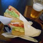 The Earl Tokyo - ケアンズ、アサヒビール