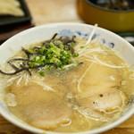 Muhoumatsu - 料理写真:太肉麺