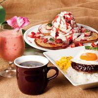 ハワイアンリゾート気分を満喫できるカフェ