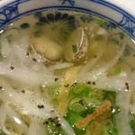 ニャー・ヴェトナム - スープもとってもおいしい。