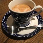 62263180 - +100円のコーヒー。カップ&ソーサーもgood。美味しいコーヒーが味わえます
