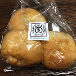 カフェレストラン 瀬里家 - プチパン 3個230円