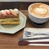 ショコラブラン - 料理写真:ミルフィーユとカフェラテ