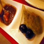 サハラ - この食べるラー油のような辛味ソース(ハリサ)は超ウマですぞ!