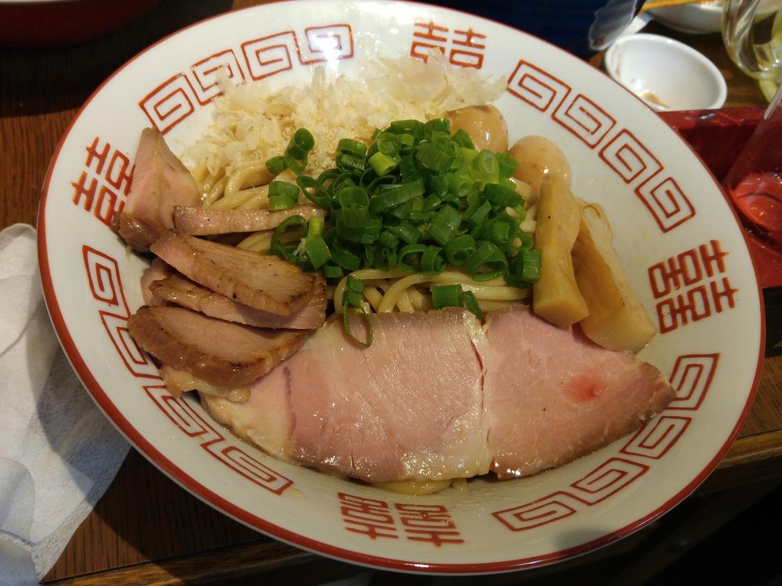 大衆麺酒場 ガラクタ