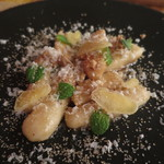 ペペロッソ - バトン状のニョッキ シナモン風味の甘塩っぱい仕立て