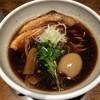 フェニックスの涙 - 料理写真:淀川ブラック+味玉 ※炙りチャーシューもいけてます