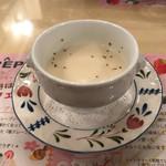 62375028 - 本日のスープ(カリフラワーのポタージュ)