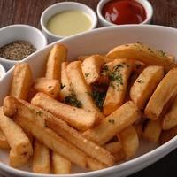 Kitchen&Bar UNION - ディップソースで食べるフライドポテト。一番人気です。